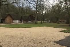 Houlbec Cocherel, maisons 330 m² sur 4,6ha, avec piscine, tennis, paddockk…….