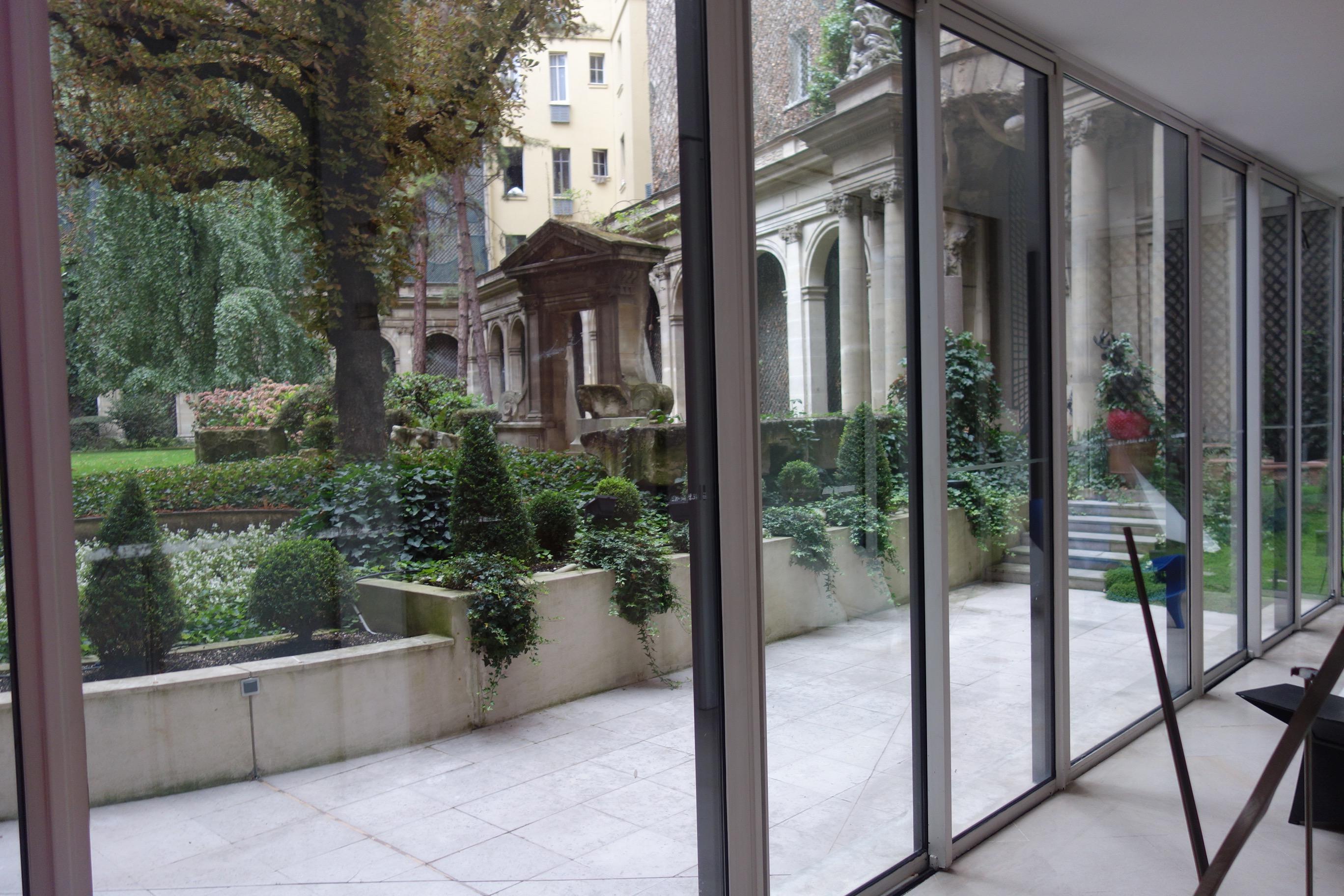 Av foch appartement de 256 m2 avec terrasse et jardin 2 for Appartement paris terrasse jardin