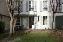 Rue Singer appartement 80m2+95m2 de jardin, 2 chambres